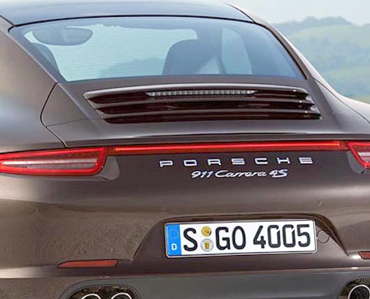 2013-Porsche-991-Carrera-4S-rear.jpg