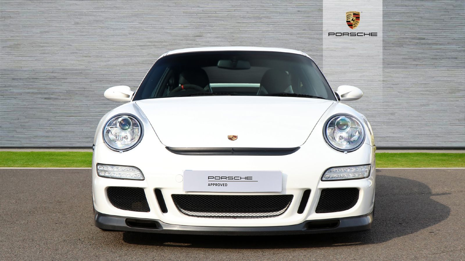 Porsche Approved with Grilles Mid Sussex a 1600x900.jpg